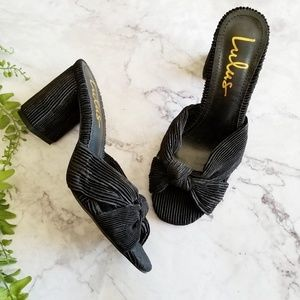 Lulu's Shoes - Lulu's | Black Pleated Knotted Mule Sandals